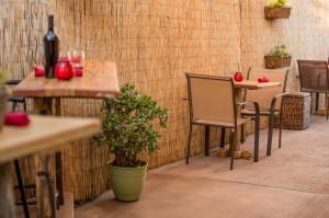 Garden Kitchen Side Patio